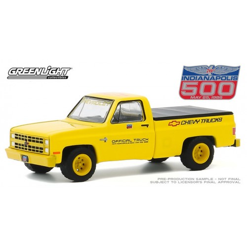 Greenlight Hobby Exclusive - 1986 Chevrolet Silverado Indy 500 Official Truck