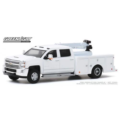 Greenlight Dually Drivers Series 4 - 2016 Chevrolet Silverado 3500 Dually Crane Truck