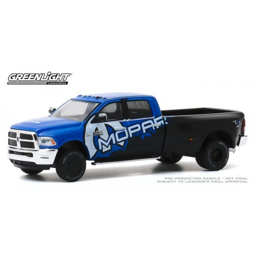 Greenlight Dually Drivers Series 4 - 2017 RAM 3500 Mopar Edition
