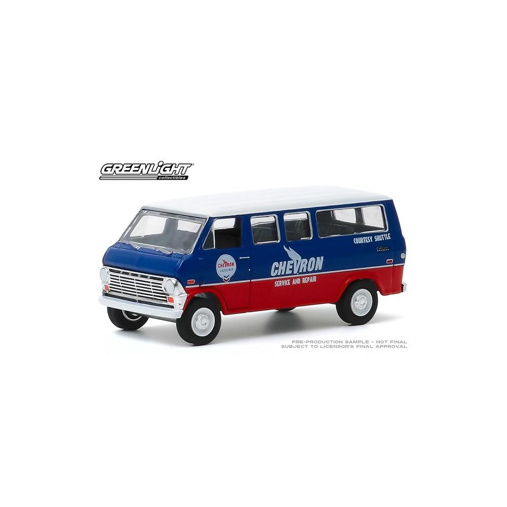 Greenlight Blue Collar Series 7 - 1970 Ford Club Wagon