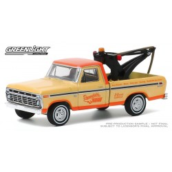 Greenlight Blue Collar Series 7 - 1973 Ford F-100 with Drop In Tow Hook