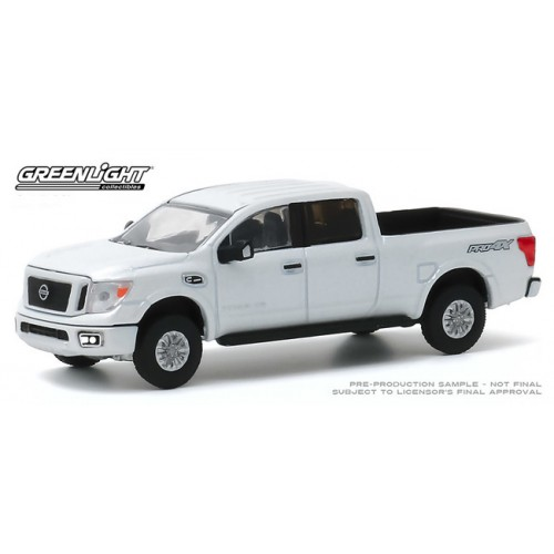 Greenlight Blue Collar Series 7 - 2019 Nissan Titan XD Pro-4X
