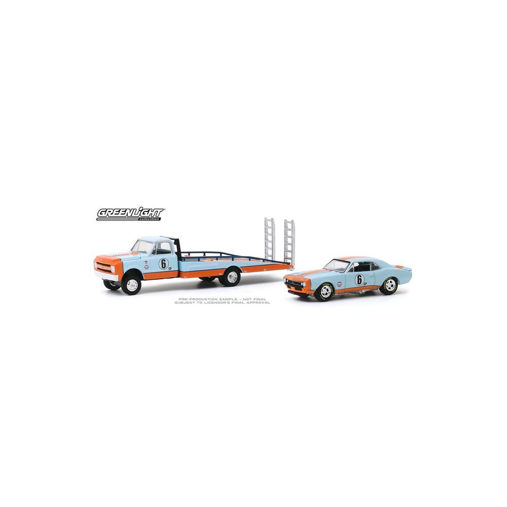 Greenlight H.D. Trucks Series 18 - 1967 Chevrolet C-30 Ramp Truck with 1967 Chevrolet Camaro