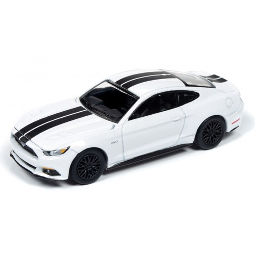 Auto World Premium 2020 Release 1B - 2017 Ford Mustang GT