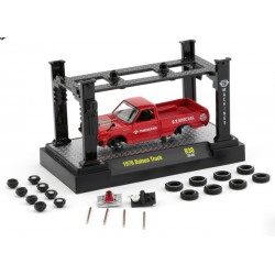 M2 Machines Model-Kits Release 30 - 1976 Datsun Truck