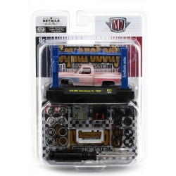 M2 Machines Model-Kits Release 31 - 1976 GMC Sierra Grande 15