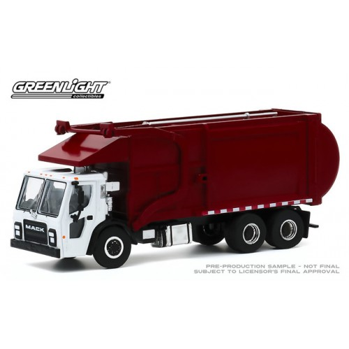 Greenlight S.D. Trucks Series 10 - 2019 Mack LR Refuse Truck