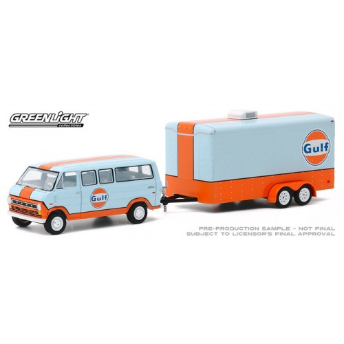 Greenlight Hitch and Tow Series 20 - 1972 Ford Club Wagon with Enclosed Car Hauler Trailer