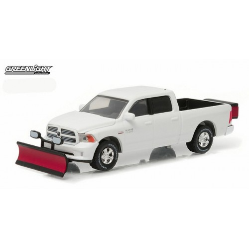 Hobby Exclusive - 2015 RAM 1500 with Snow Plow
