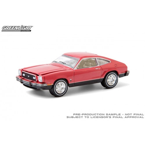 Greenlight Hobby Exclusive - 1976 Ford T5