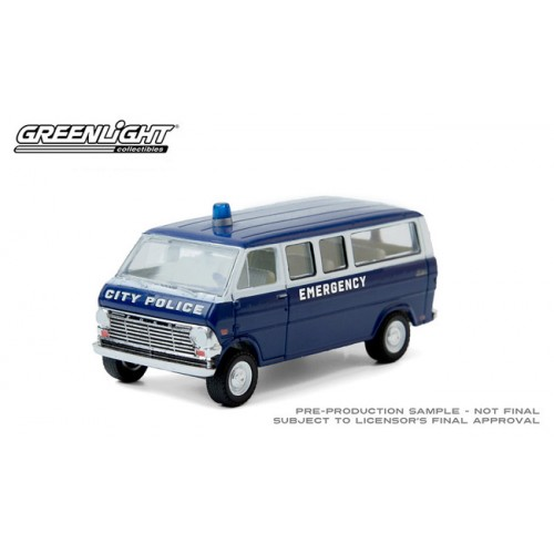 Greenlight Hobby Exclusive - 1969 Ford Club Wagon City Police