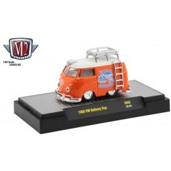 M2 Machines Auto-Thentics Release 60 - 1960 Volkswagen Delivery Van Shorty