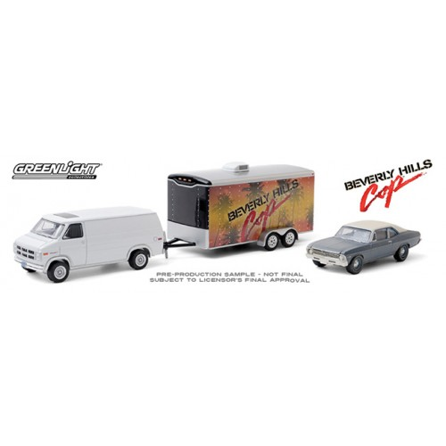 Greenlight Hollywood Hitch and Tow Series 8 - 1983 GMC Vandura with 1970 Chevy Nova
