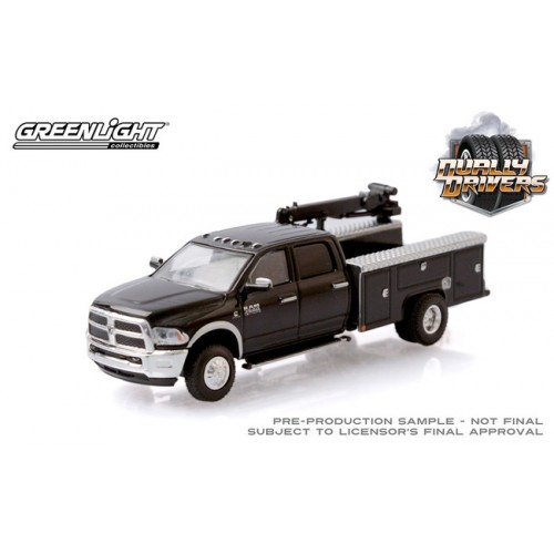 Greenlight Dually Drivers Series 5 - 2018 RAM 3500 Dually Crane Truck