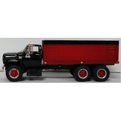 DCP by First Gear - Chevy C65 Tandem Axle Grain Truck