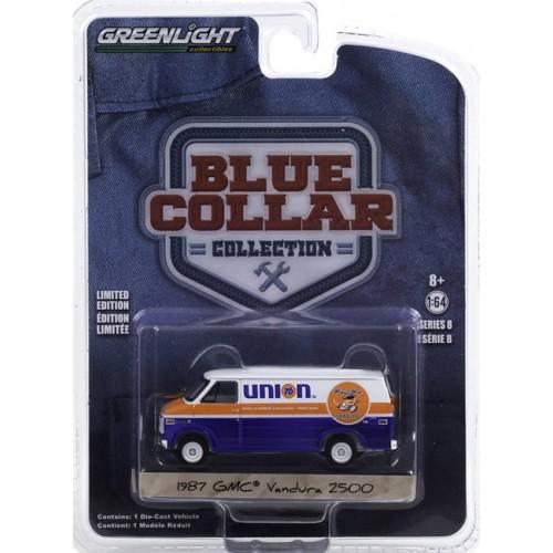 Greenlight Blue Collar Series 8 - 1987 GMC Vandura 2500