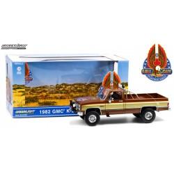 Greenlight Fall Guy Stuntman Association - 1982 GMC K-2500 Sierra Grande Wideside Truck
