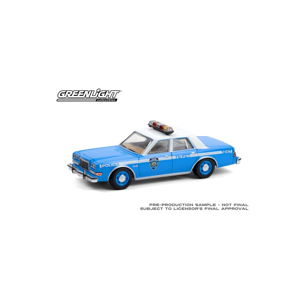 Greenlight Hot Pursuit Series 37 - 1982 Plymouth Gran Fury NYPD
