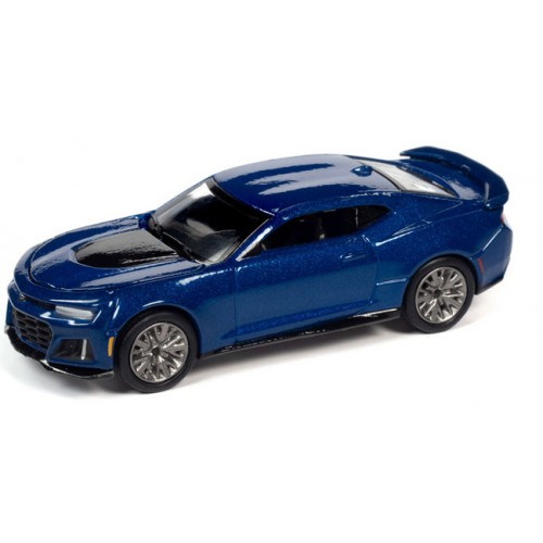 Auto World Premium 2021 Release 1 - 2018 Chevy Camaro ZL1