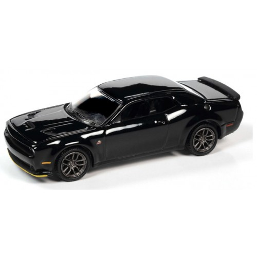 Auto World Premium 2021 Release 1 - 2019 Dodge Challenger R/T Scat Pack