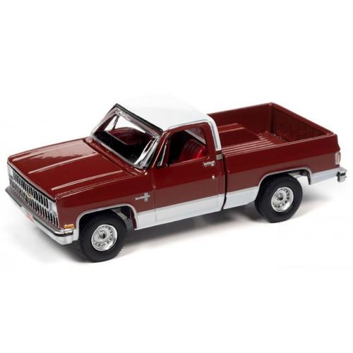 Auto World Premium 2021 Release 1 - 1981 Chevy Silverado 10 Fleetside