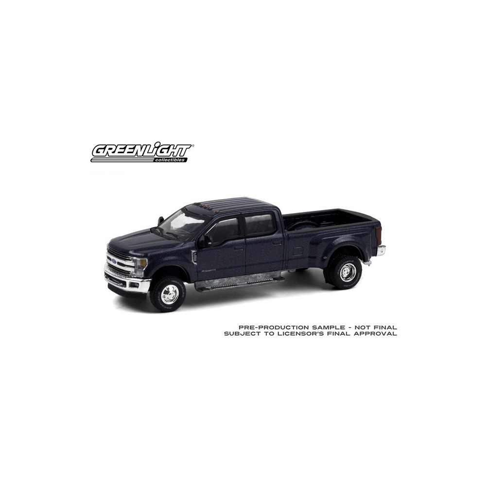 Greenlight Dually Drivers Series 6 - 2019 Ford F-350 Dually Truck