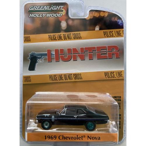Greenlight Hollywood Series 28 - 1969 Chevrolet Nova Police Car Green Machine