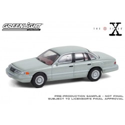 Greenlight Hollywood Series 31 - 1993 Ford Crown Victoria