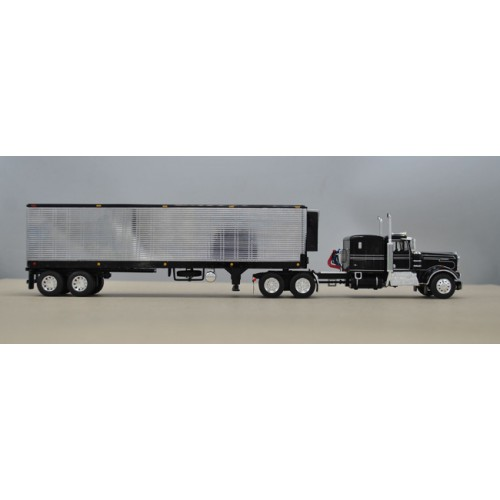 DCP by First Gear Kenworth W900A with Vintage Refrigerated Trailer