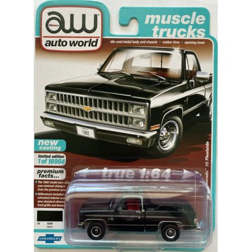 Auto World Premium 2021 Release 2B - 1982 Chevy Silverado 10 Fleetside