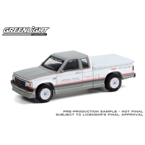 Greenlight Hobby Exclusive - 1984 GMC S-15 Extended Cab Indianapolis 500 Official Truck