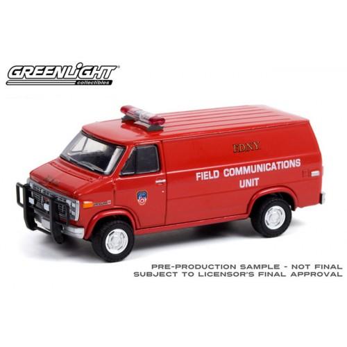 Greenlight Hobby Exclusive - 1989 GMC Vandura FDNY Fire Department City of New York