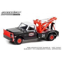 Greenlight Dually Drivers Series 7 - 1970 Chevrolet C-30 Dually Wrecker Texaco