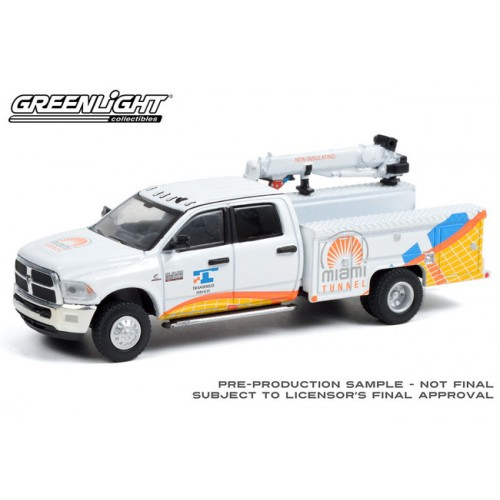 Greenlight Dually Drivers Series 7 - 2015 RAM 3500 Crane Truck Port of Miami Tunnel