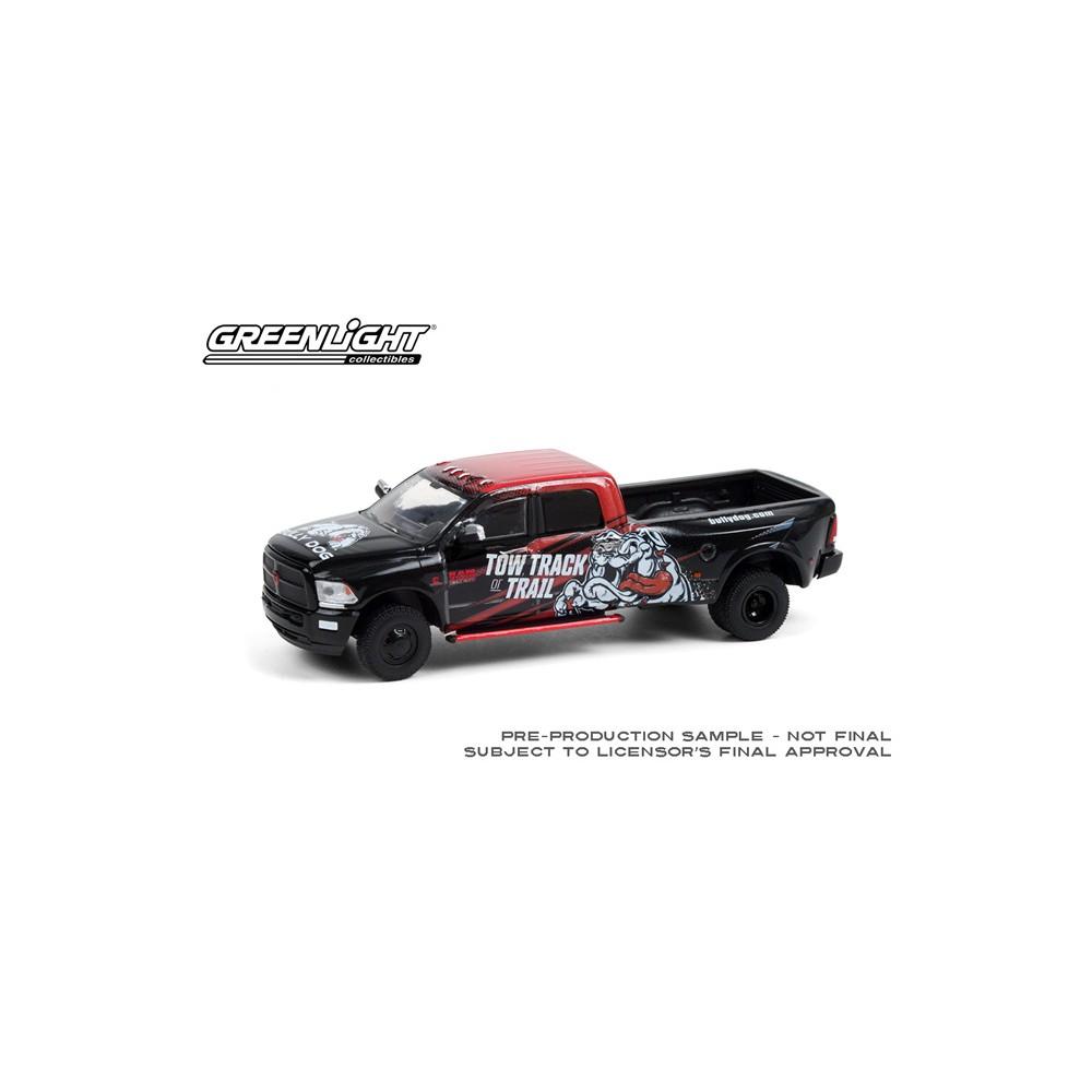 Greenlight Hobby Exclusive - 2018 RAM 3500 Dually Bully Dog