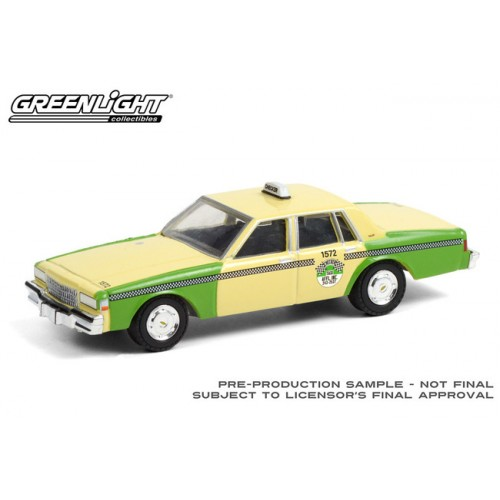 Greenlight Hobby Exclusive - 1987 Chevrolet Caprice Checker Taxi Chicago