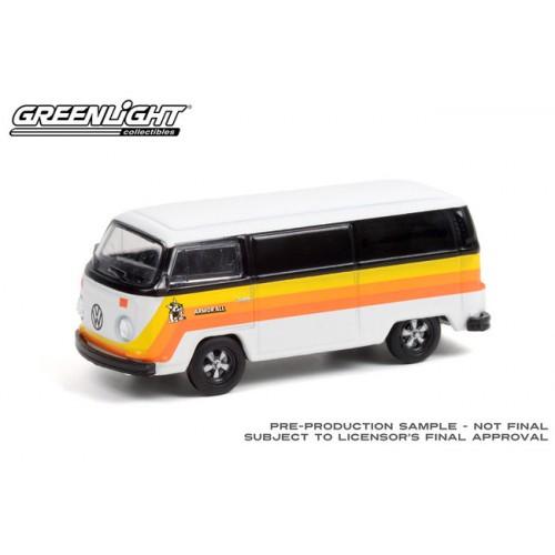 Greenlight Club Vee-Dub Series 13 - 1976 Volkswagen Type 2 Van Armor All