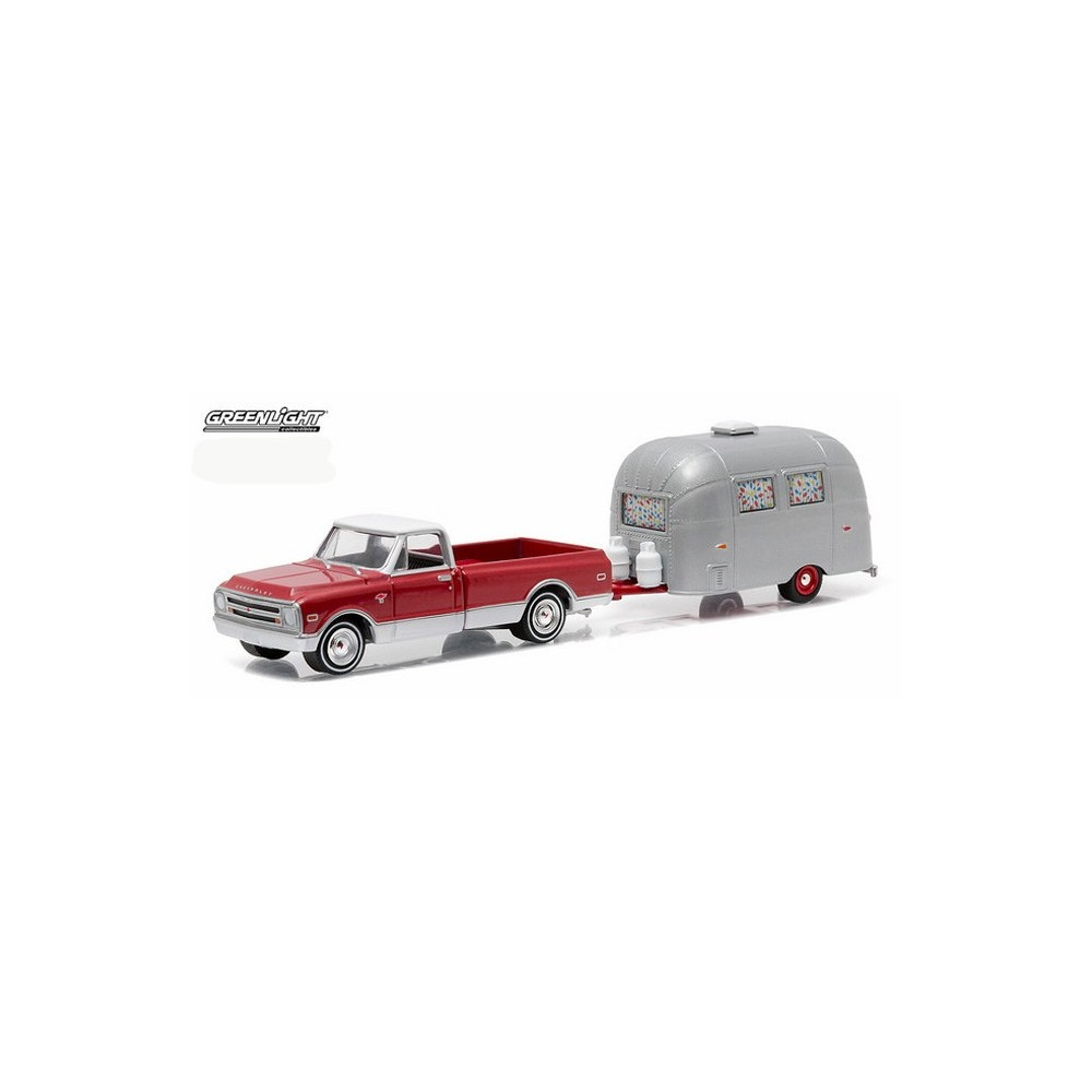 Greenlight Hitch And Tow Series 6 1968 Chevy C10 Airstream Bambi Pickup Truck C 10