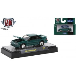 M2 Machines Auto-Thentics Release 66 - 1987 Ford Mustang GT