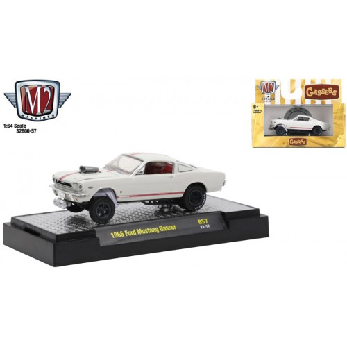M2 Machines Detroit Muscle Release 57 - 1966 Ford Mustang Gasser