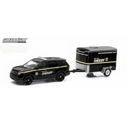 Hitch and Tow Series 3 - 2014 Ford Interceptor Utility and Small Cargo Trailer