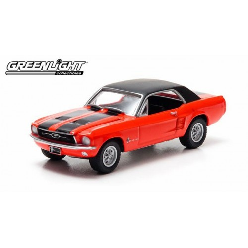 Hobby Exclusive - 1967 Ford Mustang Ski Country Special