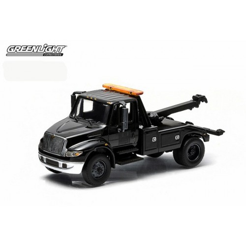 Hobby Exclusive - International DuraStar Tow Truck